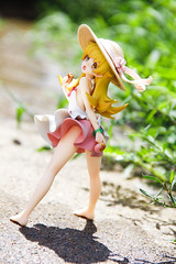 - -ALTER (3) (LeaseLight) Tags: figure  alter japanese figures   grass  earth sunshine