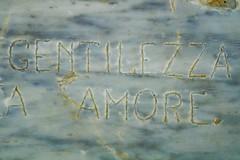 Gentilezza A... Amore (BarbaraBonanno BNNRRB) Tags: gentilezza amore scoglieradellamore sea stone written write sign writer marinadimassa mare massa toscana scogliera dellamore bnnrrb