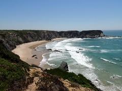 Praia do Machado (Salete G) Tags: saleteg costa vicentina praia mar azul serra falsia