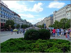 Praga (República Checa)  Prague (Czech Republic) (sky_hlv) Tags: plaza namesti square wenceslassquare václavskénáměstí plazawenceslao praga praha prague czechrepublic repúblicacheca bohemia europe europa