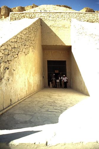 "Ägypten 1999 (394) Theben West: Tal der Könige • <a style=""font-size:0.8em;"" href=""http://www.flickr.com/photos/69570948@N04/29545293685/"" target=""_blank"">View on Flickr</a>"
