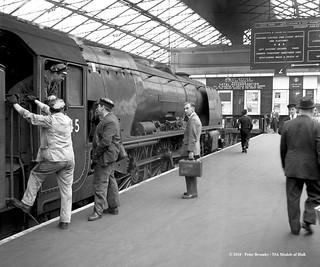 03/08/1961 - Euston, London.