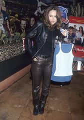 JLH_leather (gitblp) Tags: leather leder cuir cuero pants trousers jeans sexy shiny jennifer love hewitt jacket brown