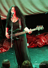 IMG_9566 (Ron Lyon Photo) Tags: troubadour concreteblonde jamesmankey johnettenapolitano grammycom musicinpress