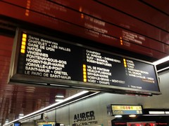 RER A (l'apple-cafe) Tags: paris apple europe des transports hdr highdynamicrange ratp ue iphone parisien seinesaintdenis rseauexpressrgional rera lignea unioneuropenne neuillysurmarne mtromtropolitainligne