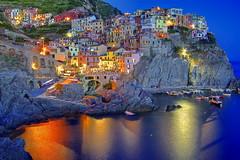 I colori della notte / The colors of the night (Manarola, Liguria, Italy) (AndreaPucci) Tags: sea summer italy night holidays italia mare village estate liguria clear cinqueterre borgo manarola notte vacanze canonefs1022mmf3545usm canoneos60 andreapucci