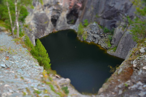HODGE CLOSE QUARRY, TILBERTHWAITE VALLEY, LANGDALE, CUMBRIA, ENGLAND. (TILTSHIFT)