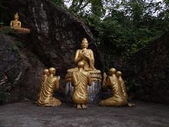 Phou Si Hill (gorbulas_sandybanks) Tags: laos lao luangprabang phousi 13nov2012
