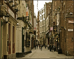 mathew st, liverpool 2 ..... (ana_lee_smith) Tags: street uk travel original england people sculpture tourism statue bronze liverpool vintage lens photography pub photojournalism signage gb pedestrians kit tones johnlennon thebeatles merseyside eleanorrigby cavernclub beatlemania thegrapes thecavern mathewst analeesmith photosofliverpool sonyslta33 alllonelypeople