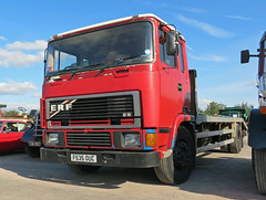 F535OUC ERF E Series Beavertail (Beer Dave) Tags: classic truck low lorry commercial erf beavertail loader hgv quainton rigid eseries f535ouc