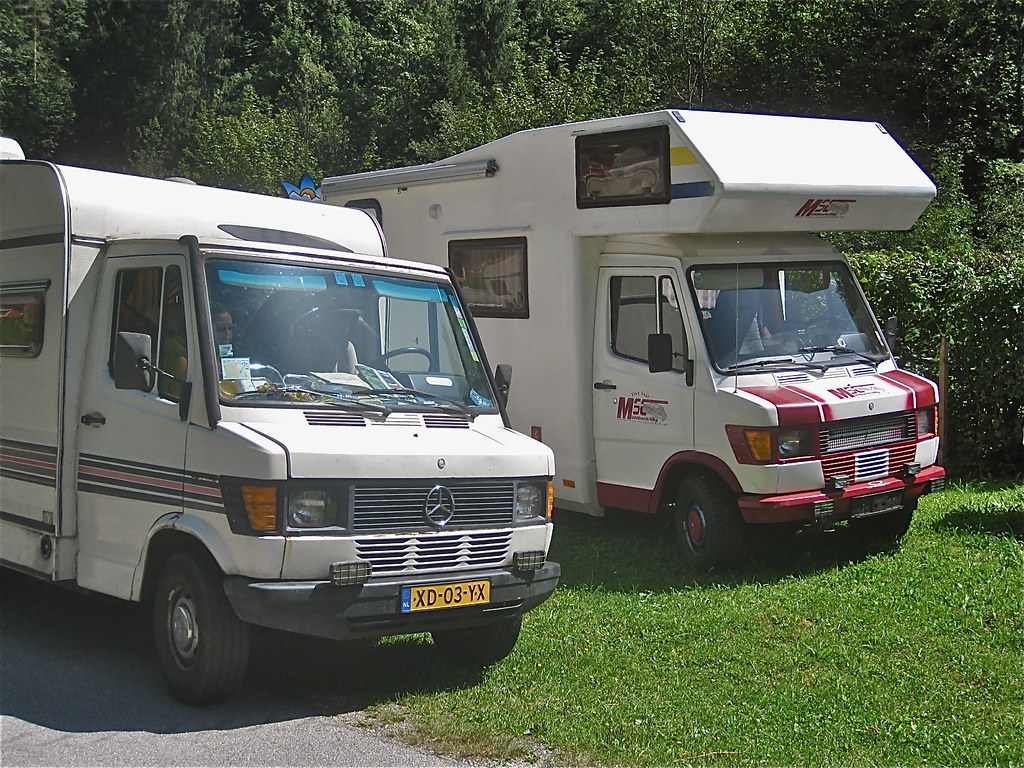 The world 39 s newest photos of 307d and camper flickr hive for Camper mercedes