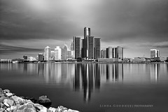 Reflections... (Linda Goodhue) Tags: blackandwhite reflection skyline contrast landscape cityscape monotone hdr detroitriver exposures detroitmichigan windsorontario renaissancecentre blackandwhitelandscape nd10filter lindagoodhuephotography