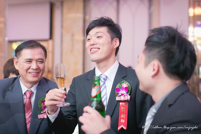 炳霖 依萍 結婚-0224.jpg