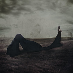 The Darkness (Stellie Chavez) Tags: thedarkness poetry inspiredby sheet fineartphotography fineart art conceptualphotography conceptphotography conceptual selfportrait portrait portraitphotography elliechavezphotography