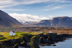 Iceland (SpechtPhotodesign) Tags: island iceland landscape landschaft landschaftsfotograf view overview vast house mountains sea coast