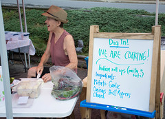 Resourceful_Communities_Dig_In_2016_NC_(c)_Olivia_Jackson_2 (Resourceful Communities) Tags: cookingdemo digin education farm fresh fruit garden gardening groups learning local market mountains northcarolina organic outdoors peerlearning planting produce summer volunteers yanceyville