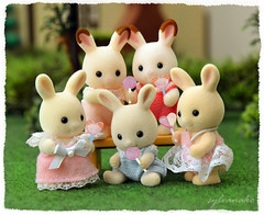 Sylvanian Families - Baby bunnies (Sylvanako) Tags: sylvanian failies calico critters bunny rabbit rabbits cute kawaii lollies lollipop candy sweet food park yard nature baby babies toys toy figure figures diorama play kids children child happy dress company smile miniature photoshop bunnies