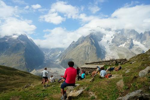 Contemplation devant le glacier du miage