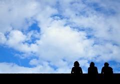 Silhouettes. (Minimoyys) Tags: voyage trip travel blue summer sky nikon republic czech prague strangers silhouettes praha tourists bleu ciel rpublique tchque inconnus et toursites d5000