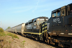 INER_Montpelier-OH_WestPergo_NS9209-INER2230_082412-1 (C Telles) Tags: railroad ohio train indian norfolk southern locomotive ge montpelier northeastern emd gp30 c409w ns9209 ns9373 iner2330