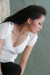 Alone (raw photoworks) Tags: canoneos50d riafitriasarisexyhotindonesianmodel
