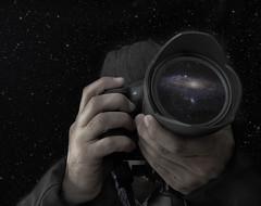 Cazador de luces (Explore #245 10 Octubre 2012) (javiruiz) Tags: night explore estrellas nocturna showcase galaxia planetas javierruizherrera