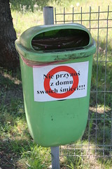 Trash can , Jzefw 04.07.2016 (szogun000) Tags: jzefw poland polska town bin recycle trash can sticker warning weird mazowieckie masovian mazowsze masovia canon canoneos550d canonefs18135mmf3556is