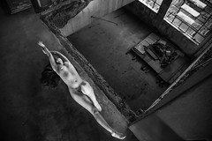 _MSB3023 (Marcelo Santos Braga I Fotografia) Tags: ensaio nude nu autoral luz sombra retrato pb