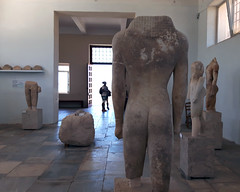 20160714_132407_low (Cinzia, aka microtip) Tags: delos cicladi grecia archeology antichit archaelogy unescoworldheritagesite mithology sanctuary ancientgreece archaeologicalmuseum sculpture kouros