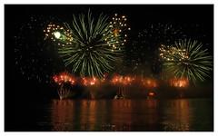 Fireworks (Samory Sundjata) Tags: samorysundjata brasil bra sundjata fotografia photography br riodejaneiro rj 021 errejota rio flamengo bairrodoflamengo carioca aterrodoflamengo aterro praiadoflamengo canong11 canon g11 powershot canonpowershotg11 canonpowershotg1x