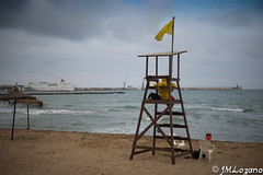 Se acerca el final del verano (josmanmelilla) Tags: melilla mar playas verano nubes