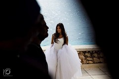 Celarsi tra le ombre (veronicaraciti) Tags: veronicaracitiphoto wedding book model sicilia egadi ombre luce