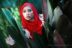 Lya (Lane Sixty...) Tags: muslimfashion hijabfashion outdoorphotography lanesixty portraitphotography portrait modelshoot outdoorshoot malaymodel canon80d sigma50mmart