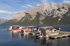 Lake Minnewanka, Banff National Park (seryani) Tags: trip trees summer naturaleza mountain lake canada mountains tree nature río forest canon river landscape rockies lago outdoors boat nationalpark dock woods scenery holidays árboles outdoor lakes lac august paisaje agosto bosque alberta verano banff rockymountains montaña vacaciones canadá 2012 bote lakeminnewanka rocosas canadianrockies parquenacional minnewanka canadianrockymountains canonef2470f28l canon2470 inglismaldie montañasrocosas canonef2470 mountinglismaldie 1dmarkiv canadarockymountains canoneos1dmarkiv august2012 summer2012 montañasrocosasdecanadá lagominnewanka verano2012 agosto2012 vacaciones2012 parquenacionaldebanff