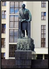 Giant statue of Lenin (theredquest.com) Tags: travel tourist communist communism belarus minsk sovietunion theredquest