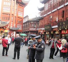 7915911536 d519d4e709 m Traveling to China, Hong Kong, Beijing, Shanghai