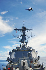 120903-N-TG831-015.jpg (Commander, U.S. 7th Fleet) Tags: growlers ddg85 ddg ussmccampbell vaq141 ea18g