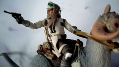 "Battle of Hoth diorama - close shot of rebel trooper on tauntaun • <a style=""font-size:0.8em;"" href=""http://www.flickr.com/photos/86825788@N06/7949264294/"" target=""_blank"">View on Flickr</a>"