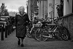 Hipshot (Iam sterdam.) Tags: woman holland amsterdam korteprinsengracht womaninamsterdam martinm351zw