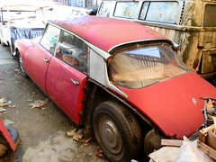 Citroen DS (Alessio3373) Tags: abandoned rust citroen ds rusted citroends rustycars abandonedcar