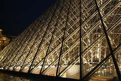 LouvrePyramid05f (midorisyu) Tags: light glass museum architecture night pyramid louvre contemporary musedulouvre ieohmingpei louvrepyramid  grandlouvreproject