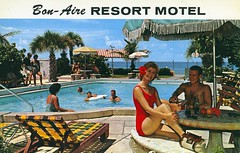 Bon-Aire Motel St Petersburg Beach FL (Edge and corner wear) Tags: party pool swimming vintage pc inn postcard motel lodge chrome motor