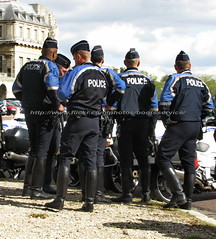 """bootsservice2012 4845 R1 (bootsservice) Tags: paris uniform boots police motorcycles motorbike gloves moto motorcycle uniforms policeman bottes motard motos uniforme policemen motorcyclists policier motards uniformes gants policiers """"riding boots"""""""