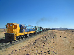Ferronor, Sector Chacritas. (DeutzHumslet) Tags: chile train canon gm desert atacama 423 desierto locomotives 415 sx20 425 emd vallenar gr12 ferronor