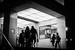 People (myDays / S.Lee) Tags: street leica people bw monochrome shopping 50mm candid 4th v3 summilux preasph maydays bokeholic namusu m9p