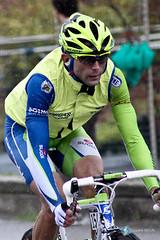 Moreno Moser (www.instants-cyclistes.fr) Tags: ciclismo bergamo lecco classique worldtour cyclisme bergame girodilombardia ravitaillement petitbrun laurentbrun tourdelombardie illombardia 29092012 morenomoser