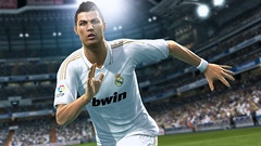 Pro Evolution Soccer 2013 - Screenshot 1