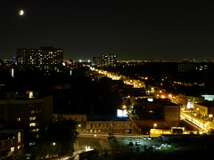 Toronto (Fred Ortlip) Tags: vacation moon toronto nightview queenstreetwest parkdale crescentmoon dufferinstreet