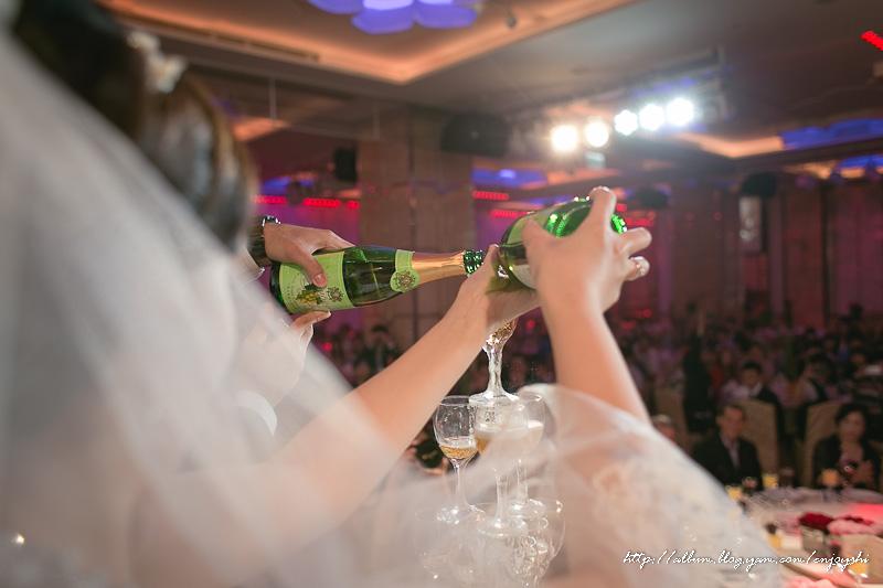 炳霖 依萍 結婚-0180.jpg