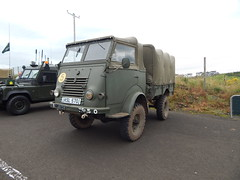 KSL 570 - Ulster Military Club (Jonny1312) Tags: renault army military portstewart londonderry lorry ulstermilitaryclub